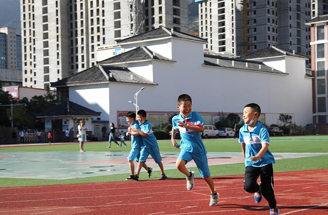 China gears up for 12-year compulsory education